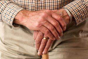 opieka nad osobami starszymi - artykuł Antropos Kraków